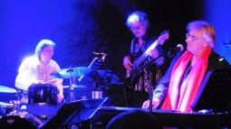 Avec Philippe Mouton basse et Philippe Leroux batterie