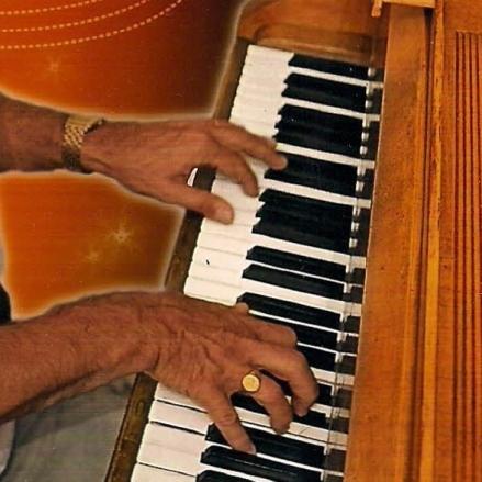 cropped-photo-jacques-piano-chez-docteur-jazz-1recadree