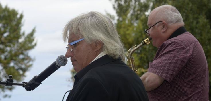 Jacques Dupeyron, piano, chant, Daniel Huck saxophone